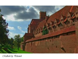 Malbork Castle HDR by pshemeknott