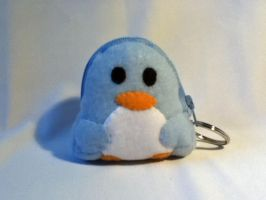 penguin pouch by tofuskin21