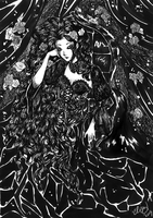 Black and White Queen by raspber