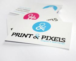 Print and Pixels Business Card by rbryant