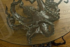 Cephalopod table by bronze4u
