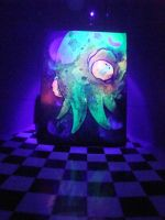 strange calamary in blacklight by GLoeNn