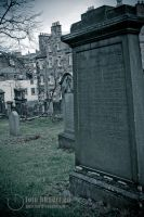 Edinburgh: Things you see in the graveyard by Avalarion