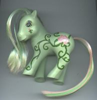 Custom MLP : Climbing Rose DS by marienoire