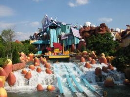 Dudley Do-Rights Ripsaw Falls by nath0r
