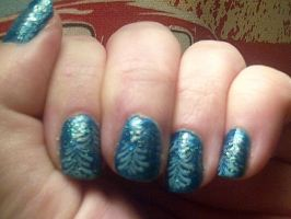 Teal leaf sparkle by CarpeComma