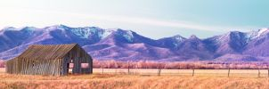 Full spectrum barn and mountains by NickSpiker