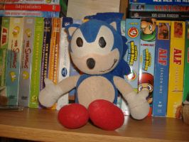 Classic Sonic Plushie by ToonstarTV