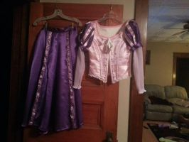 Rapunzel Dress is Done! by AriadneEvans