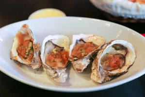 Grilled oysters by patchow