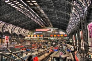 Hamburg central station by shuffl3