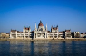 Parliament by P1eTru5zka