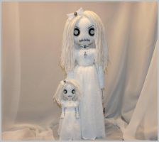 Spooky Ghost Dolls 11117 by Zosomoto