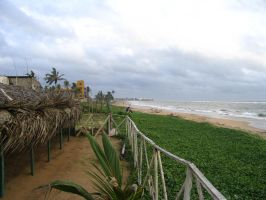 Dehiwala Beach by curiousused