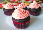 vegan chocolate cupcakes with almond and raspberry by BentoLove