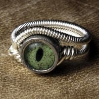 Steampunk ring crocodile eye by CatherinetteRings