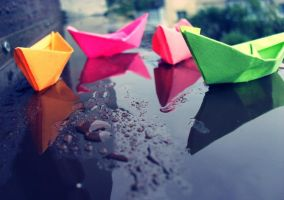 Paper boats by Kitty-Amelie