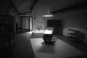 The Operating Room by drop-the-dagger