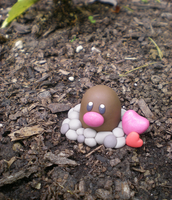 Diglett love by Foureyedalien