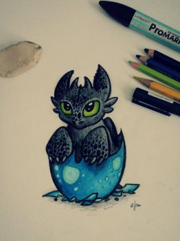 Baby Toothless by AliceInVoodooWorld