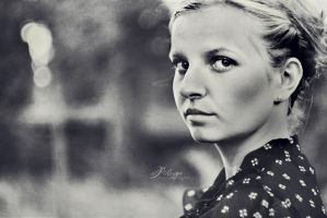 don't cry, Sophie by photosmile