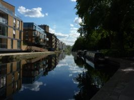 Regents Canal by Alimba