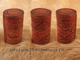 Boite a des style viking - Viking pattern dice box by Karbanog