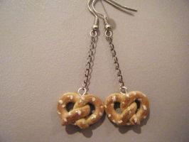 Pretzel Earrings by Mika-Chan-Ness