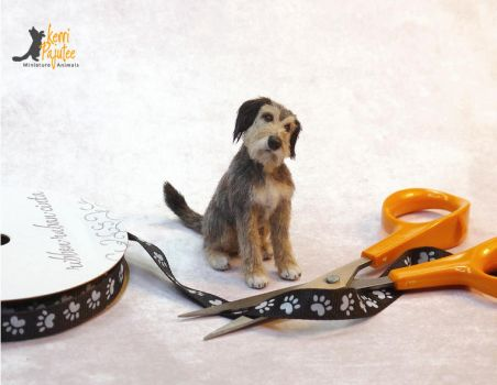Rags, a miniature mixed breed dog sculpture by Pajutee