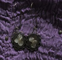 earrings by Crexcrexy