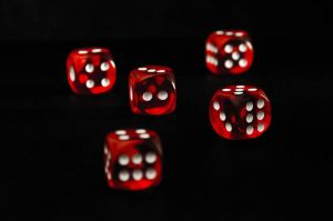 FLOATING DICE CUBES by trujillom