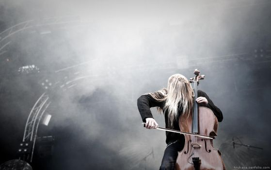Apocalyptica at SOA IV by onkami