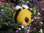 Big smiling Bumble by prismtwine