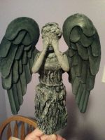 Weeping Angel Christmas tree topper by Rapsity