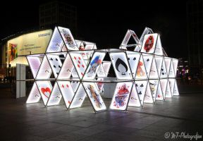FESTIVAL OF LIGHTS 2015 - house of cards - by MT-Photografien