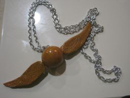 Golden Snitch Necklace by ichigoluv