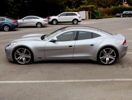 GREEN luxury car Fisker Karma by Partywave