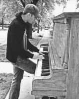 Andrew Belle - Street Piano by Doctor-Pencil