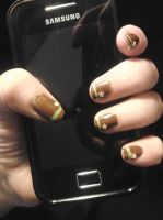 Dunno-how-to-name-this-one nail art by LasManiaticas