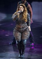 Pear Shaped Shania Twain by cahabent