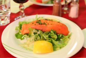 Smoked salmon roll with cream cheese filling by patchow
