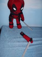 Deadpool Minus an Arm by tacotopher