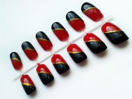Red and Black Nails by nail-artisan