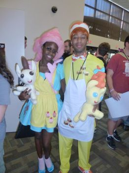 BronyCon 2012 -Mr and Mrs Cake! by Cuteboom