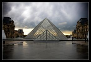 Louvre I by feudal89
