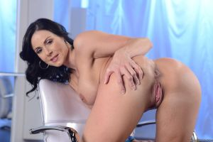 Kendralust002 by larmaris