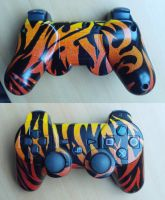 my custom ps3 flame controller by Cobracollos