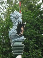 Tudor Garden Dragon by hazeldazel