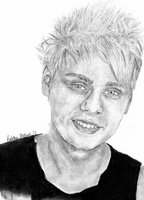 Michael Clifford by sphili