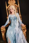 It looks like I'm the queen by elyoncosplay